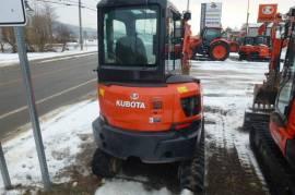 Excavatrice Kubota KX033-4